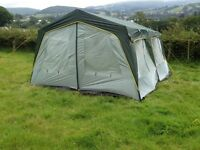 Stand up 4/6 man tent/ gazebo! Idea for reading , creamfields or others camping or festivals