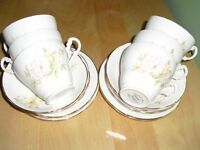 tea set delicate flower pattern very pretty 18 piece