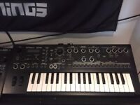 Roland JD-Xi Interactive Analog/Digital Crossover Synthesizer Mint condition + custom panel