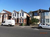 Bedsit to let in Polygon area Southampton