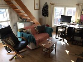 Unfurnished Studio Flat, central Lewes, close to station