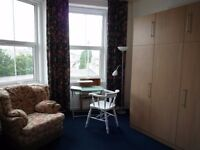 NO FEES! Immaculate fully furnished studio flat. RENT INCLUDES VIRGIN B/BAND and WATER