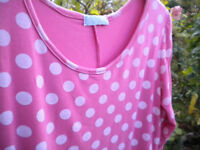 LADIES CASUAL TOP SIZE 18
