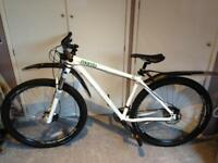 Genesis Mantle 20 Mountain Bike - Cost £1000 New