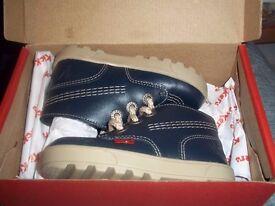 1/2 Price BNIB Kickers Disley Hi Infants Shoes Navy C6