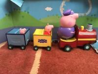 Peppa pig grandma pigs train