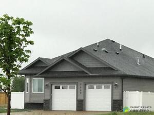 $475,000 - Bungalow for sale in Camrose