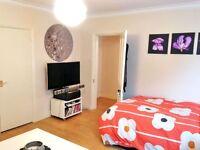 Studio flat in Edith Road, West Kensington, London W14