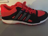 NEW UNUSED Adidas Mens trainers Size UK10.5 - bargain