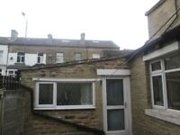 STUDIO FLAT TO LET ON HARROGATE ROAD WORKING ONLY NO DSS