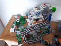 Lego Minecraft Mountain Cave 21137