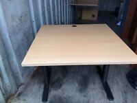 Desk nice little desk very smart £26.00 will deliver free local