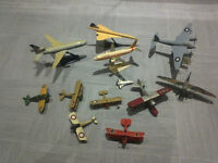 Miniature airplanes – Corgy, Airfix and airline models