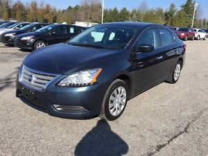 2015 Nissan Sentra S/ BLUETOOTH/ CARPROOF CLEAN