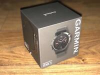 Garmin Fenix 5 in slate grey - like new - make a great Xmas present!