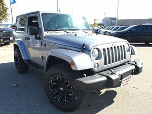 2015 Jeep Wrangler SAHARA**LEATHER HEATED SEATS**NAVIGATION**