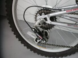 Boys / Girls Bike – Apollo RS20