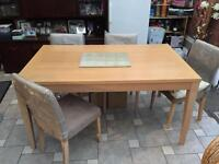 Dining Table Oak Finish with 6 Chairs