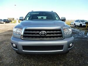 2011 Toyota Sequoia SR5 4.6L V8 Leather Sunroof Bluetooth