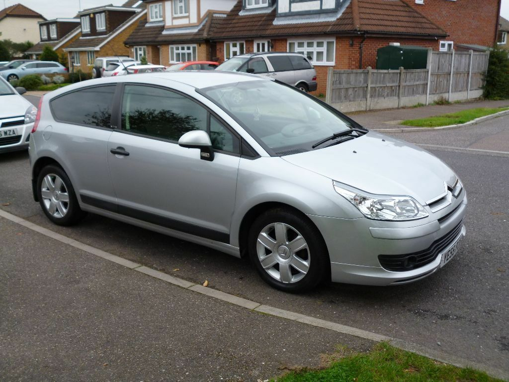 2005 55 plate citroen c4 vtr 1 6 hdi metallic silver full service history in laindon essex. Black Bedroom Furniture Sets. Home Design Ideas