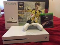Xbox One S (500gb) in Excellent Condition with Forza 6