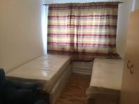 ABSOLUTELY NEW FLAT..TWIN ROOM AVAILABLE NOW..£160 pw (bills inc)