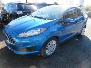 2014 Ford Fiesta SE (Manual transmission, Bluetooth, Power windo