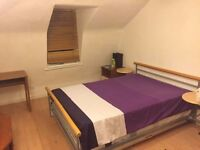 large double room to rent in great location all bills are included town center next to lidil TESCO