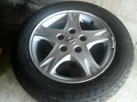 Nissan alloys 5x114 good tyres