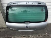 Rear window from Renault Clio 172