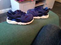 Nike nuraches trainers