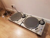 Pair of Technics Turntables 1200 mk2