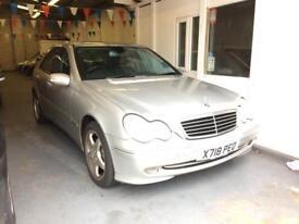 MERCEDES-BENZ C CLASS C320 Avantgarde 4dr Auto (silver) 2001