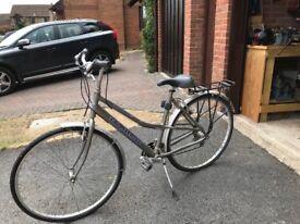 Great Radford Richmond Womens Hybrid Bike