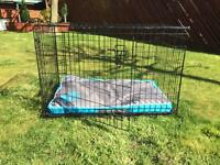 Medium dog cage / crate with liner