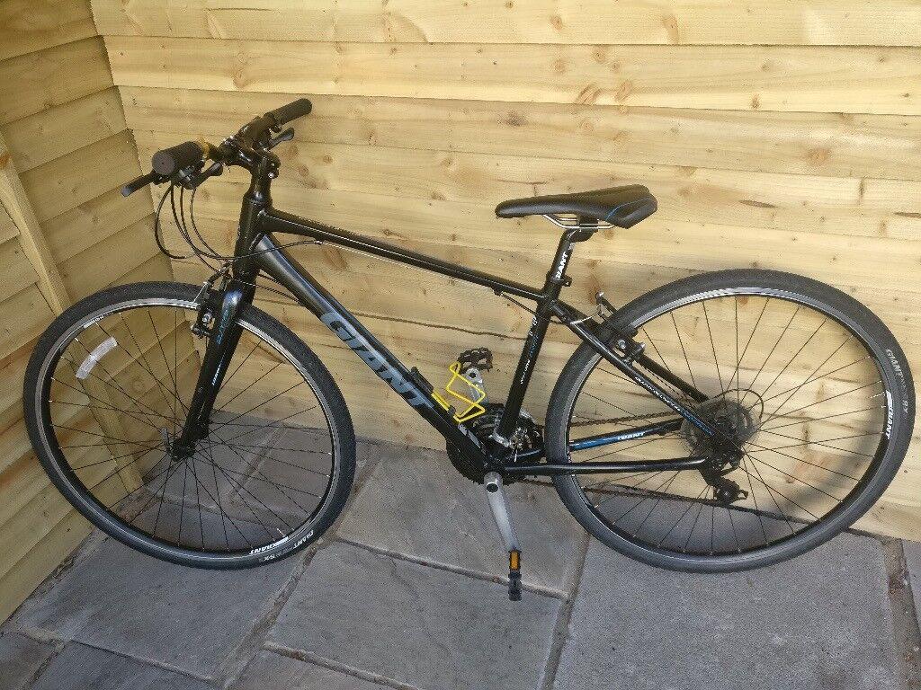 Giant Escape 3 Hybrid Mountain Bike In Sketty Swansea