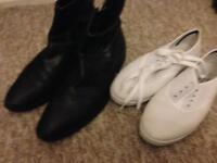 Mens lather shoes Lasocki size 10/44