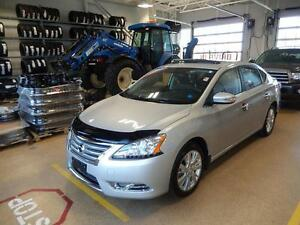 2014 Nissan Sentra SL Luxury in a smaller package