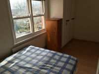 Lovely 1 bedroom flat available to rent less then a 5 minutes walk to Leicester Train Station
