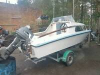 17 ft Seaswift cabin fishing boat