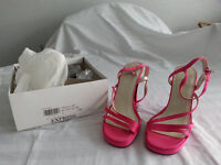 Shoes. Ladies dress shoe. Size 4. Pink. BNIB