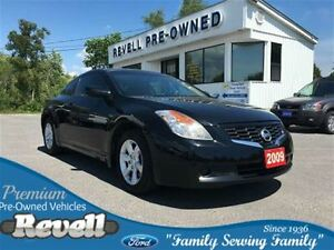 2009 Nissan Altima 2.5S...Moonroof, Leather bkts, Alloys, New ti