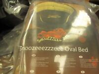 "New In Package - SNOOZZZEEE 23"" OVAL DOG BED IN PURPLE"