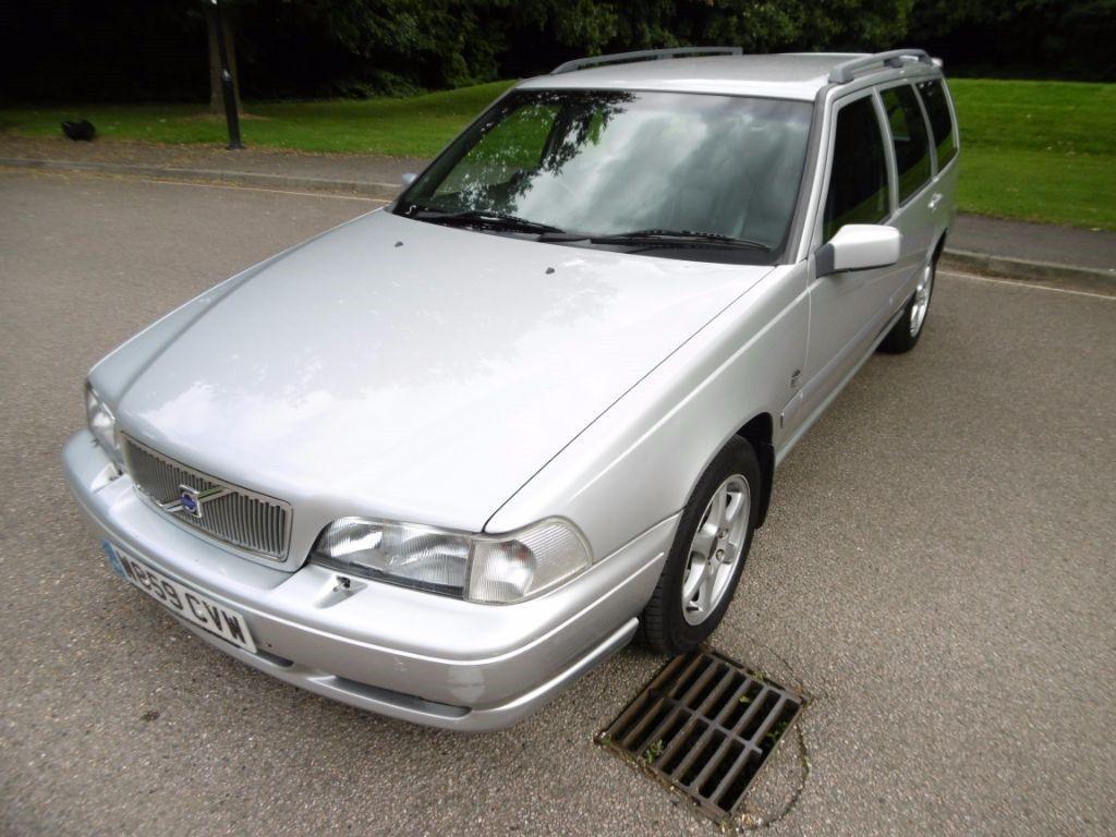 Volvo V70 CLASSIC 7 SEATS (silver metallic) 2000