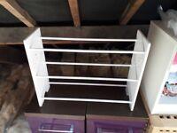 White shoe rack £5