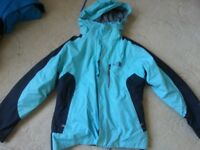 Woman's North face Summit series size M