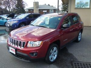 2011 JEEP COMPASS NORTH 4X4 - SUNROOF, HEATED SEATS, REMOTE STAR
