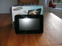 Samsung Digiital Photo Frame - 7in. wide and 1GB Built-in Memory