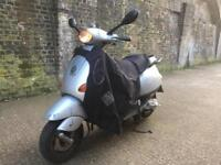 FULLY WORKING 2004 Piaggio Vespa 2 Stroke 50cc learner 50 cc moped with mot.