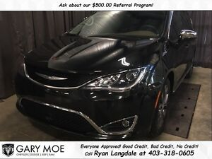 2017 Chrysler Pacifica Limited **OVERFLOWING WITH OPTIONS**